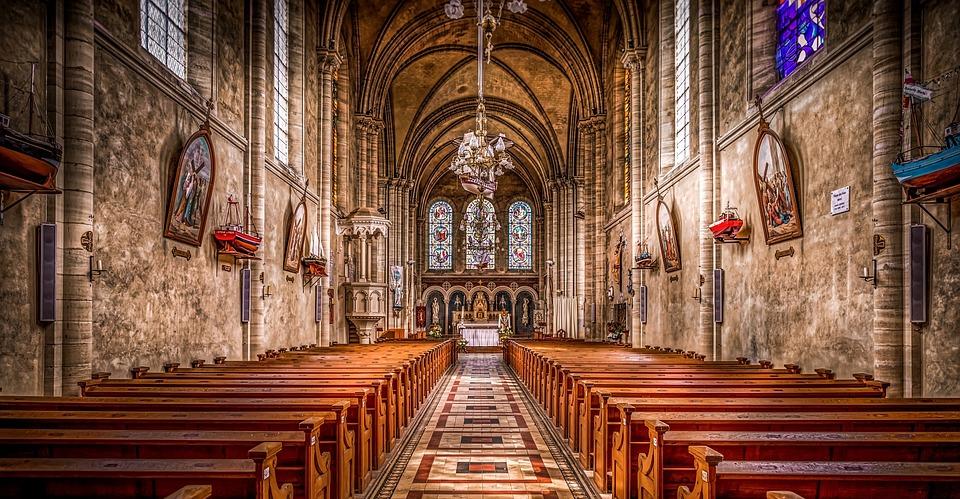 postar imagem Por que Vários Crentes Rejeitam a Aliança entre a Tradição e o Modernismo na Igreja Igreja - Por que Vários Crentes Rejeitam a Aliança entre a Tradição e o Modernismo na Igreja